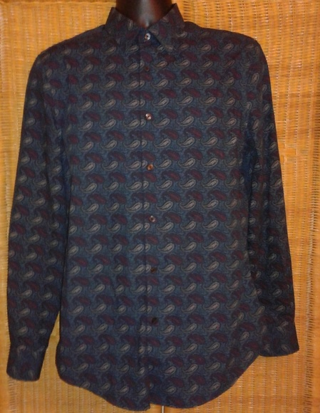 Perry Ellis Other - Perry Ellis men's button up paisley shirt size med